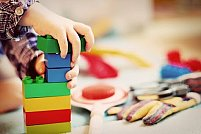 Cum să alegi jucăriile potrivite în funcție de vârsta copilului